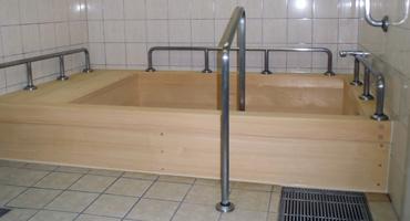 木曾檜風呂(ひのき浴槽)